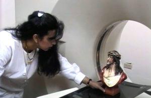 Bolivie: Le Christ de Cochabamba un miracle qui laisse la science perplexe Weeping2275-300x195